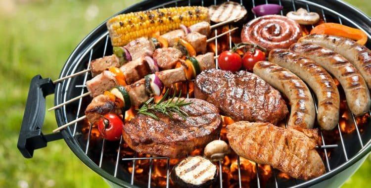 Do grills attract flies?