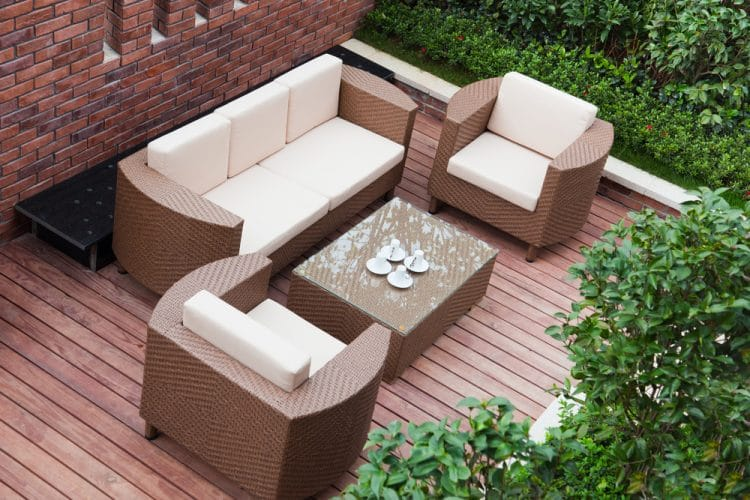 Deep seating outdoor furniture