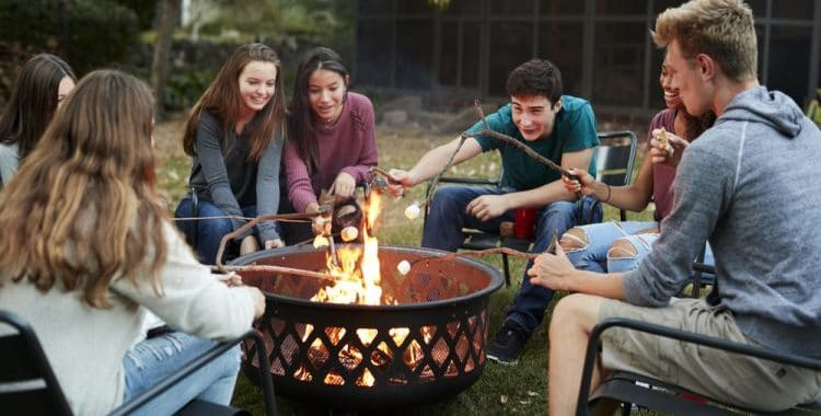 Are Sunnydaze Decor Fire Pits Any Good? (Brand Guide)