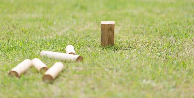 5 Yard Games You Can Play With Wood Blocks