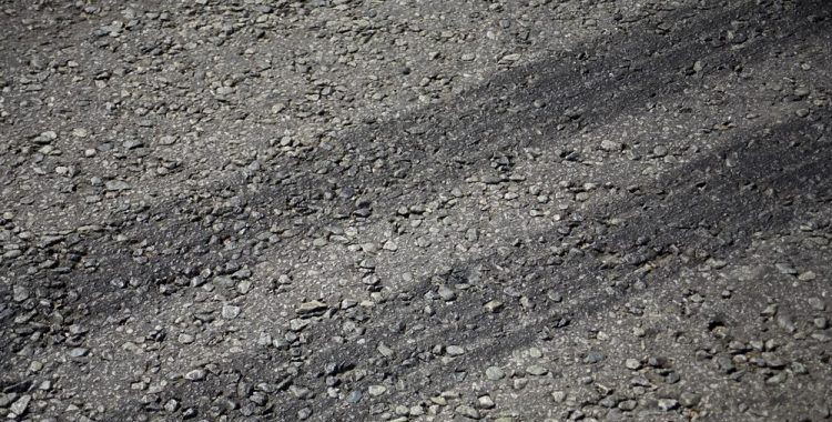 Do Tire Marks On Driveways Disappear?