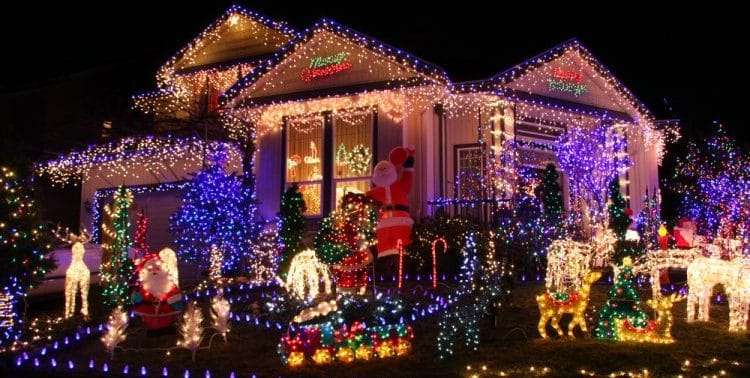 Are Outdoor Christmas Lights Tacky?