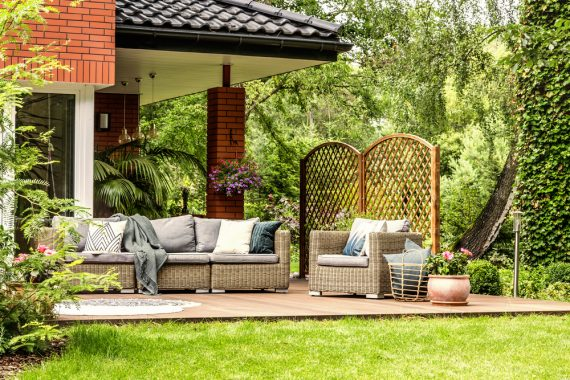 Does Patio Furniture Need To Match?