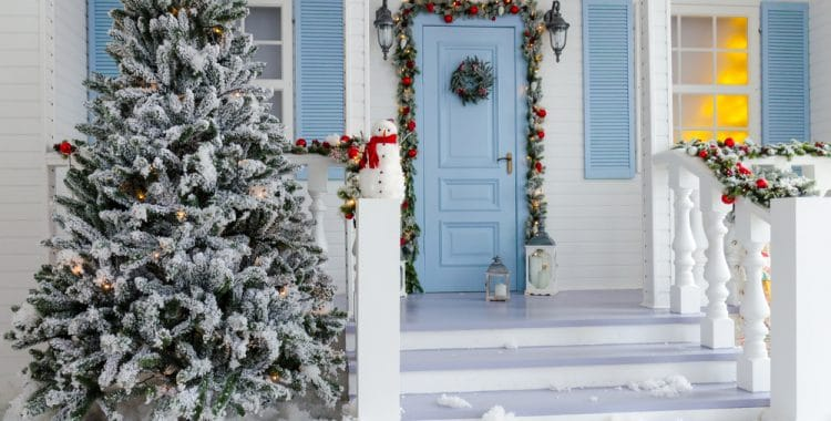How Do You Secure An Artificial Christmas Tree Outside?